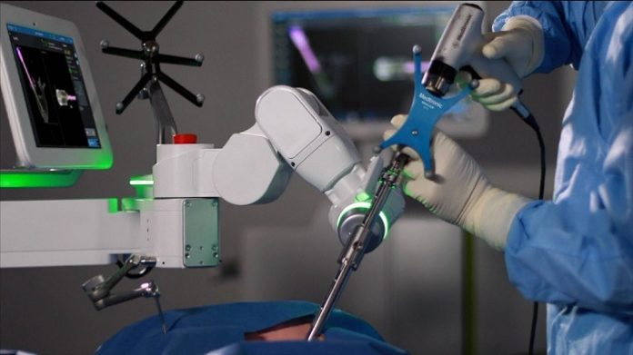 Titan Medical, Medtronic agree to cooperate on surgical robotics development