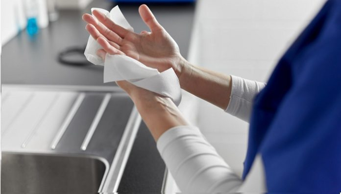 Pilot study demonstrates that hand drying method can have a significant impact on transmission of microbes from hospital toilets to wards