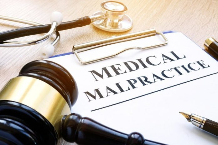 5 Reasons To Hire A Medical Malpractice Attorney