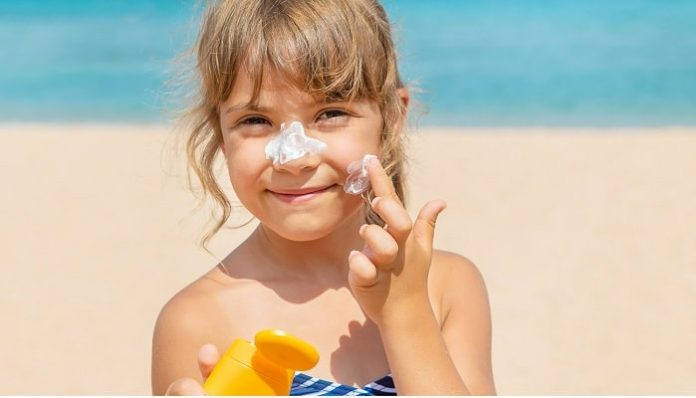 How To Choose The Right Sunscreen For Your Kids