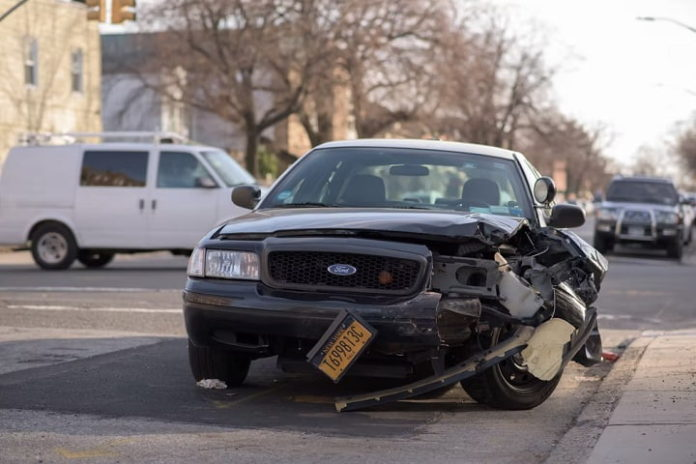 A 7-Point Checklist of Steps to Take Following a Car Crash