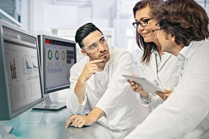 Siemens Showcase the Power of Data in the Lab