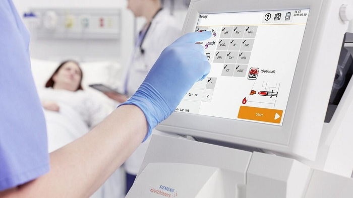 RAPIDPoint 500e Blood Gas System from Siemens Healthineers featuring Integri-sense Technology