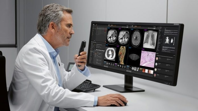 Syngo Carbon imaging and diagnostic software from Siemens Healthineers integrates intelligent reports from Smart Reporting
